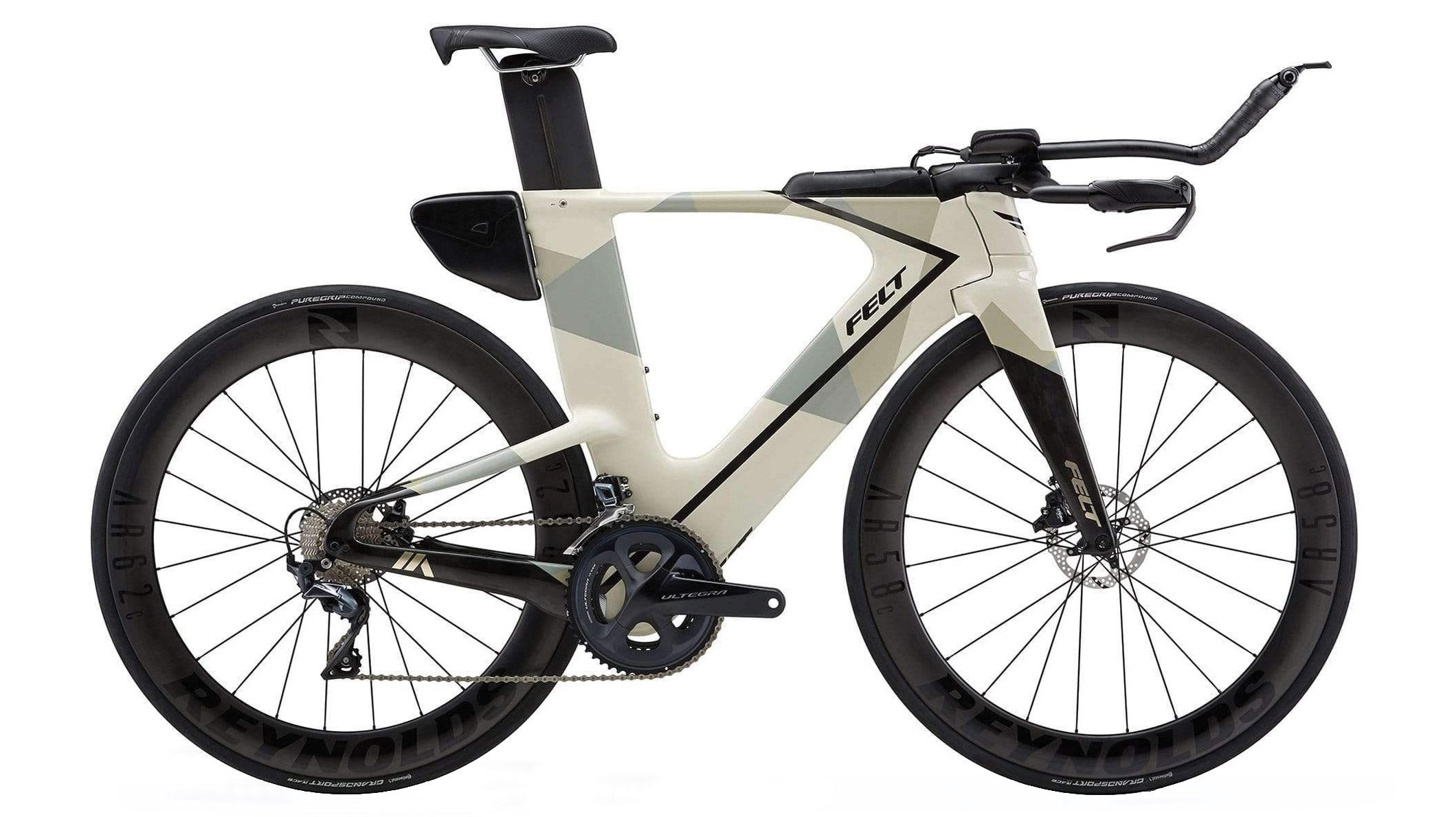 This Felt IA Advanced Ultegra is well priced at $5,000, putting it on our list of the best triathlon bikes.